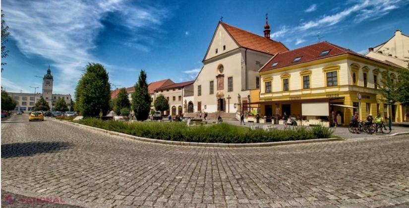 Motivul pentru care un oraș din Cehia își lansează propria monedă
