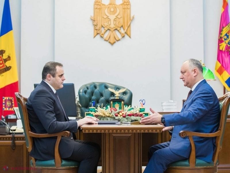 """Omul lui Dodon de la conducerea """"Moldovagaz"""" îi MUȘTRULUIEȘTE pe moldovenii care fierb la aragaz două căni de apă și nu una. """"Comunicatele lor au menirea să provoace PANICĂ și să slăbească pozițiile R. Moldova la negocierile cu Gazprom"""""""