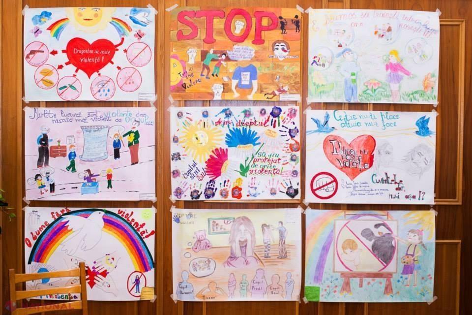 Premiați Pentru Desene împotriva Violenței