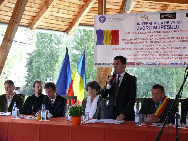 Universitatea de Vară de la Izvorul Mureșului: Dezbateri aprinse privind situația comunităților istorice românești din afara frontierelor